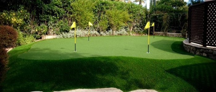Home putting green 3